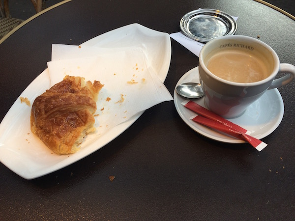 Cafe and Croissant | Paris 11th Tour | DeliciousPerspective.com