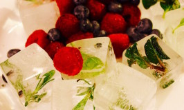 Herbed Ice Cubes – Easy and So Pretty!